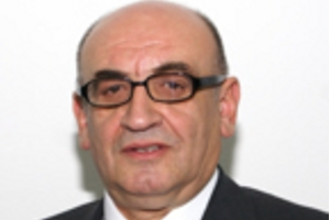 Bosniak MP Adem Huskić Marks Yom Hashoah