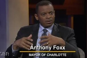 Charlotte Mayor Anthony Foxx Honors Srebrenica Genocide Victims